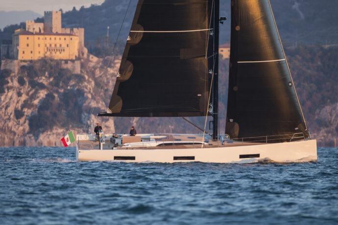 SY Iberica | Yachts | Solaris 60