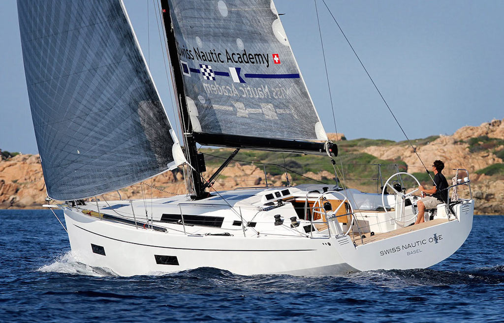 SOLARIS 42 RACE SWISS (1)