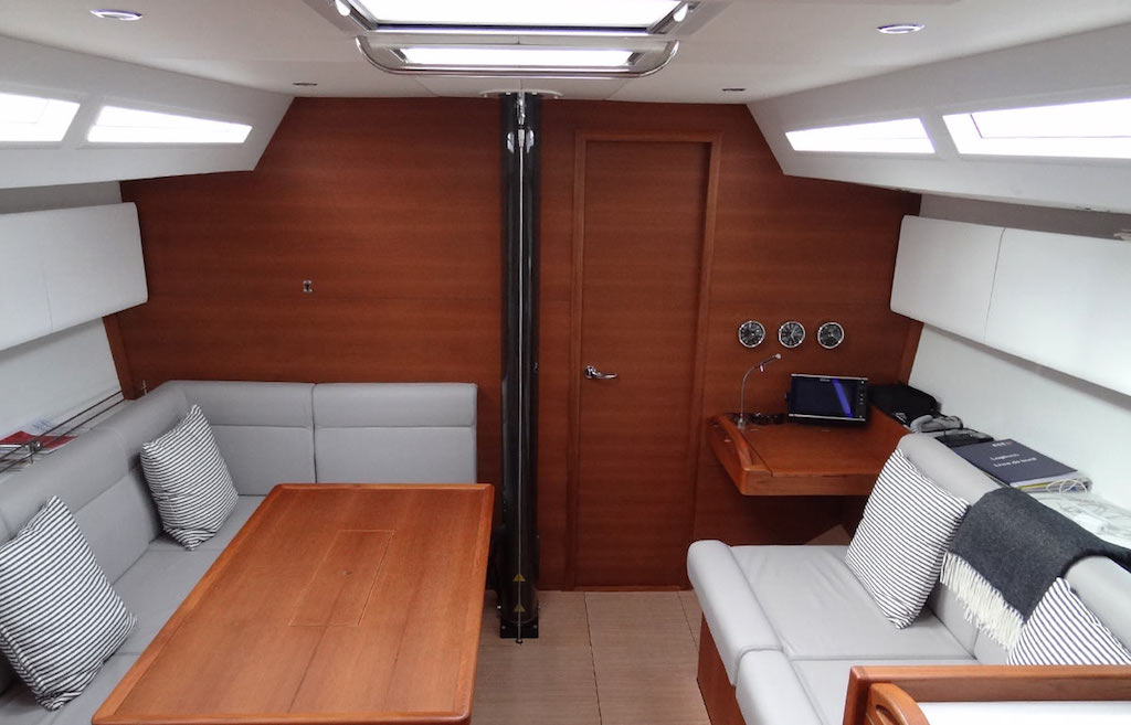 SOLARIS 42 RACE SWISS (2)