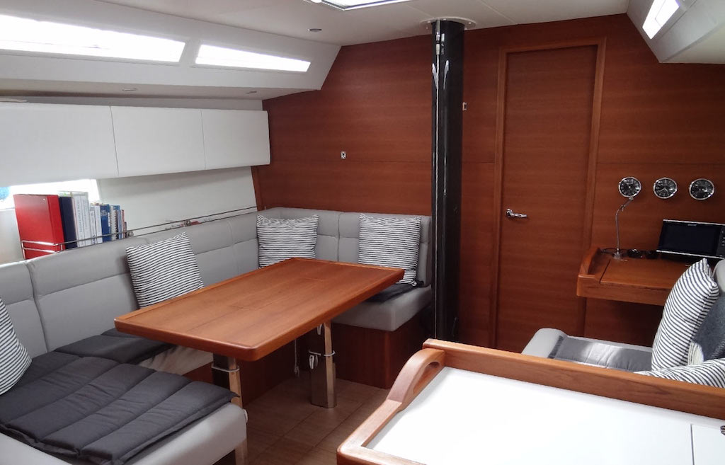 SOLARIS 42 RACE SWISS (3)