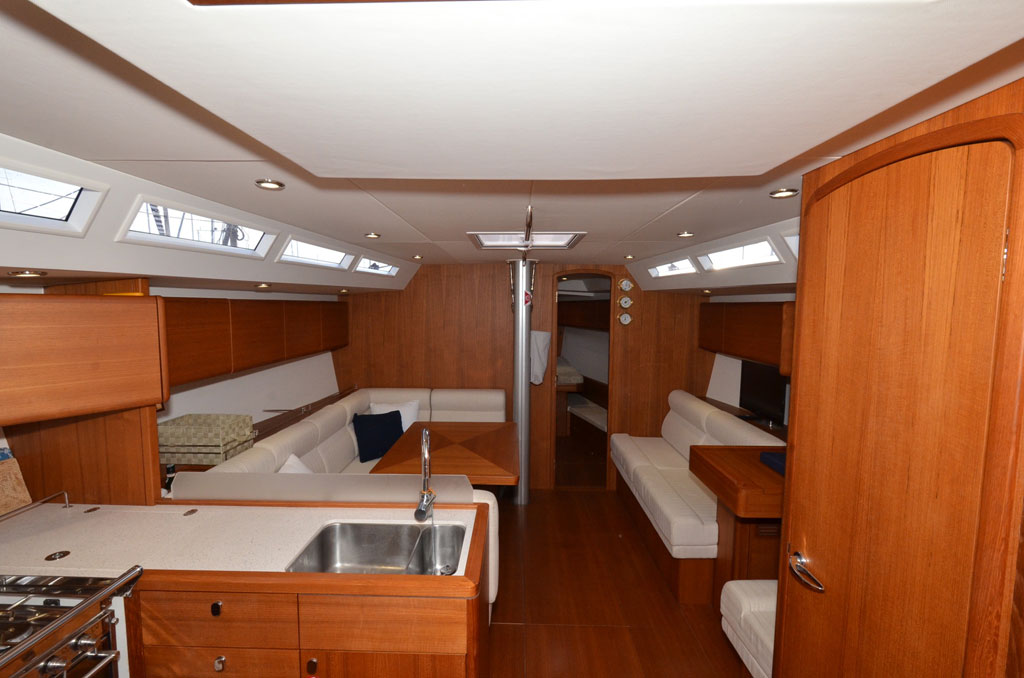 SOLARIS ONE 44 PAGNOTTA BROKERAGE(29)