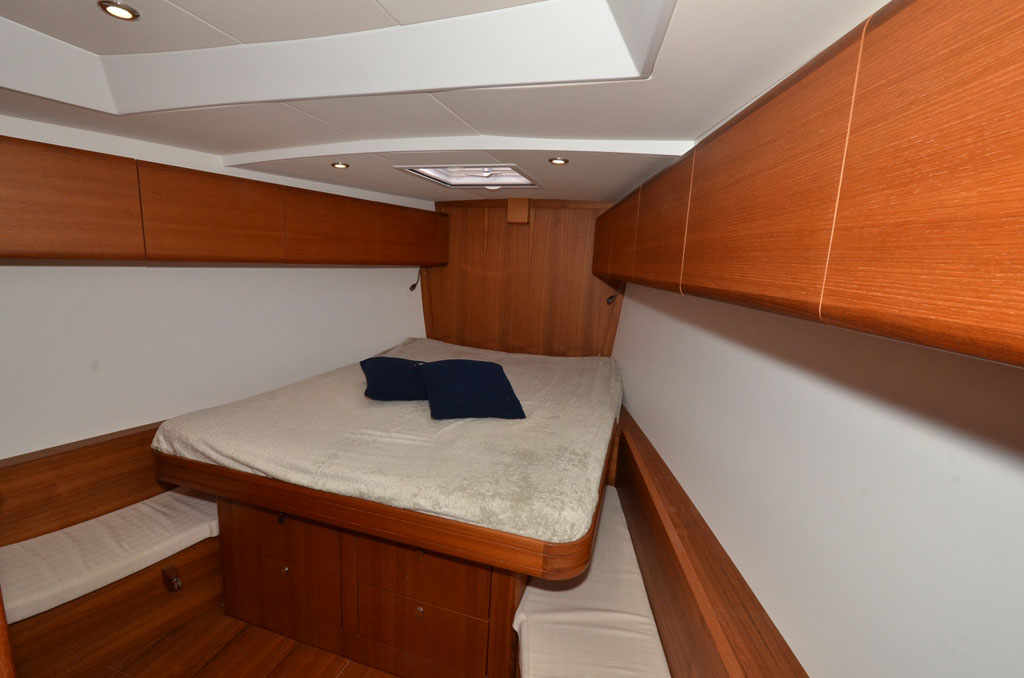 SOLARIS ONE 44 PAGNOTTA BROKERAGE(36)